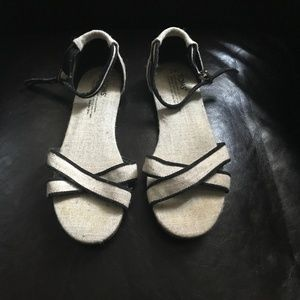 TOMS Woven Textured Fabric Sandals